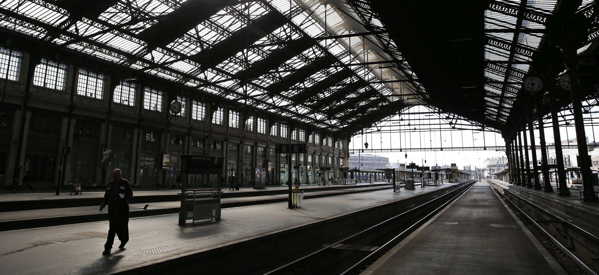 EVAKUIRAN ZBOG SIGURNOSNIH RAZLOGA Policija postupno otvara pariški kolodvor Gare du Nord