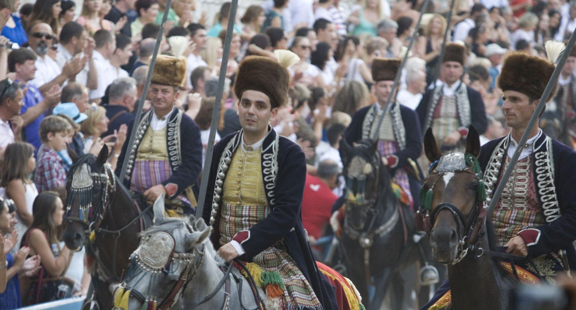 Pobjednik Svečane sinjske alke u Vukovaru je alkar Ante Zorica