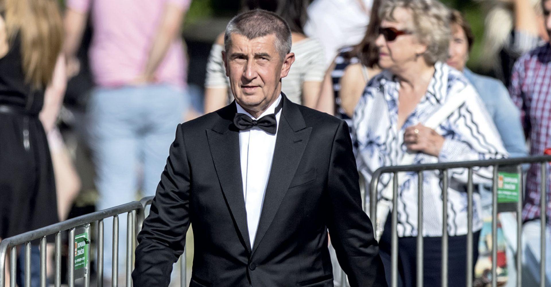 Češki ministar financija 'preživio' skandal zbog bliskih veza s predsjednikom
