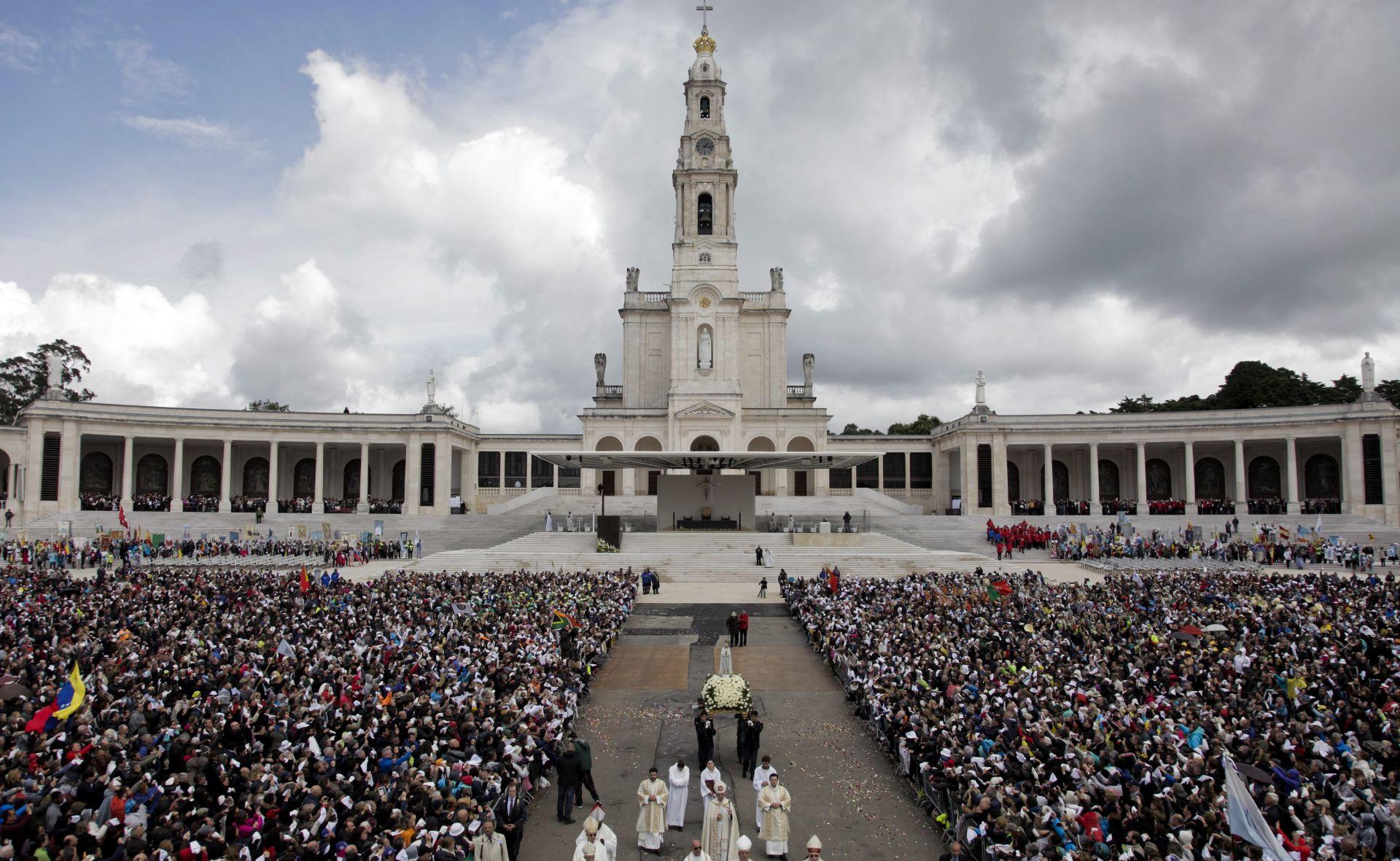 Papa će u Fatimi kanonizirati dvoje malih pastira