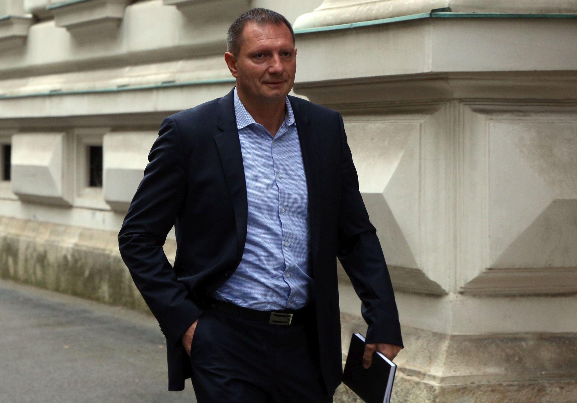 Klemm ponovno odbacio optužbe i ustvrdio da je žrtva bivšeg SDP-ova državnog vrha