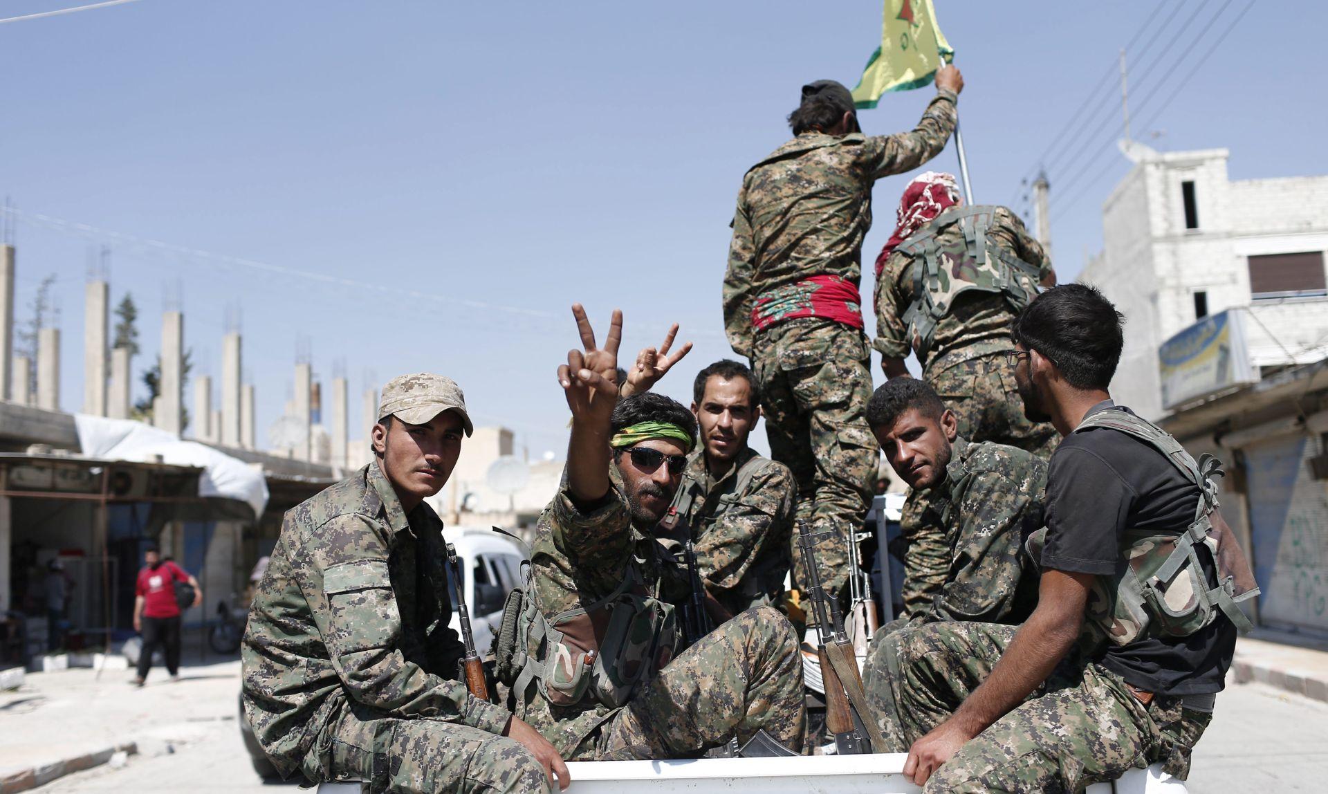 Bijela kuća odobrila naoružavanje kurdske milicije u Siriji