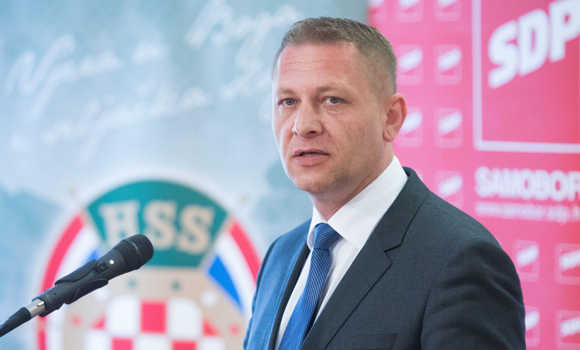 HSS opovrgava potporu Plenkoviću za formiranje nove većine