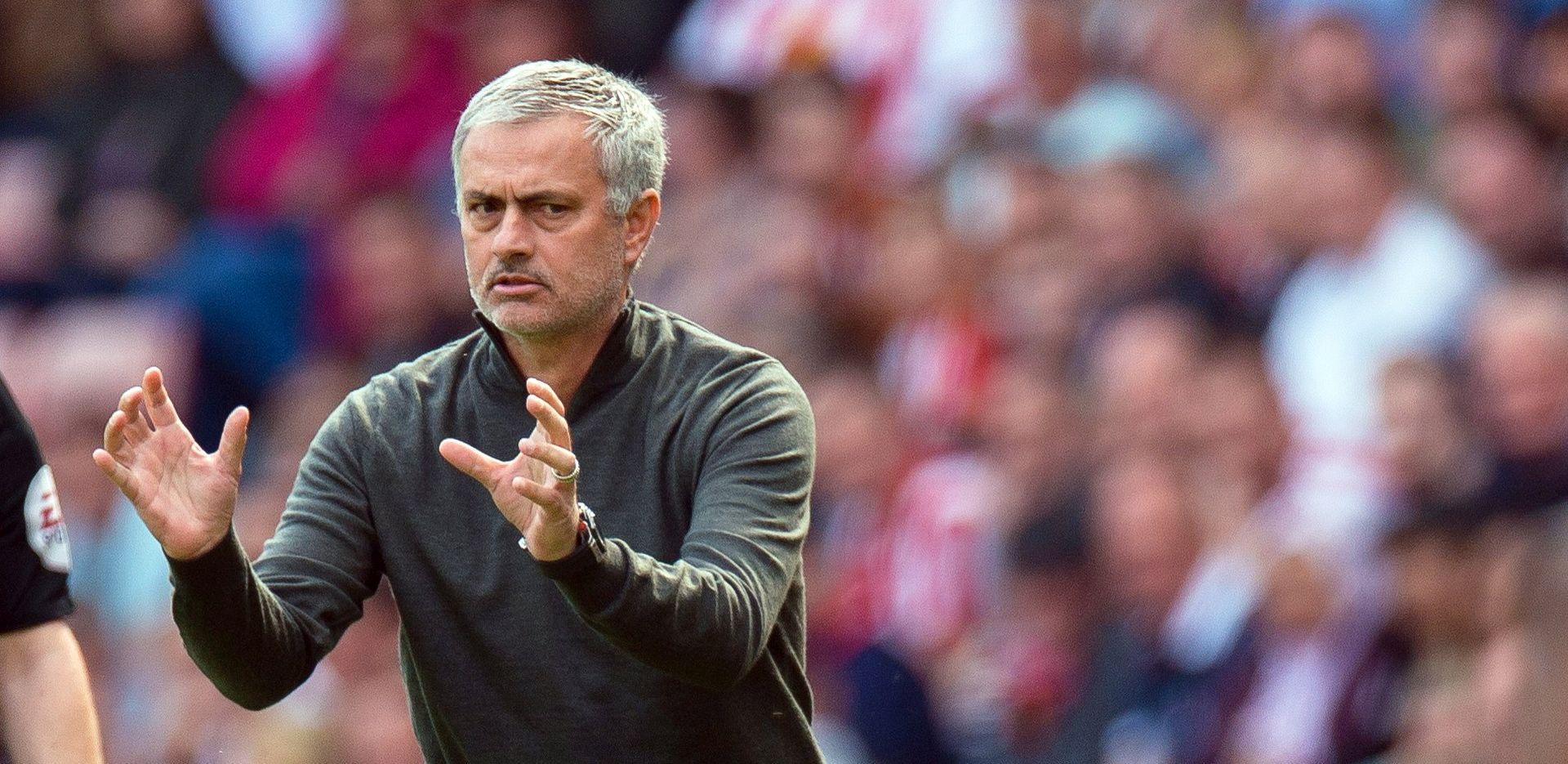 """MOURINHO """"De Gea 100% ostaje u Unitedu ove sezone"""""""