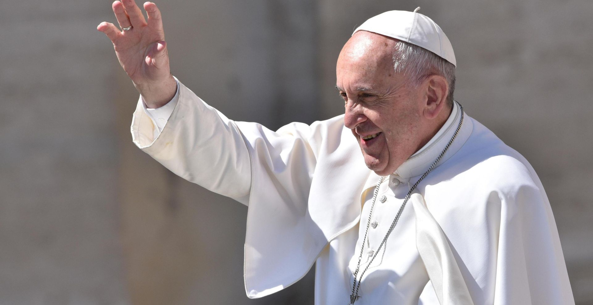 """Papa se srami izraza """"majka svih bombi"""""""