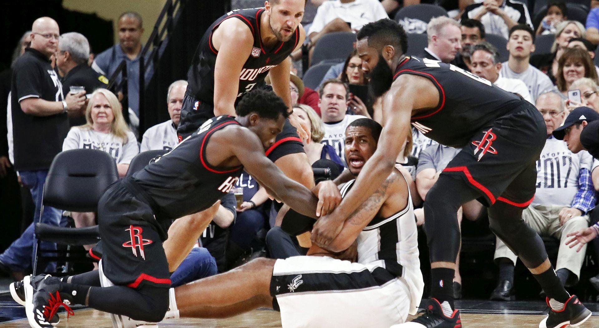 NBA Uvjerljive pobjede Clevelanda i Houstona