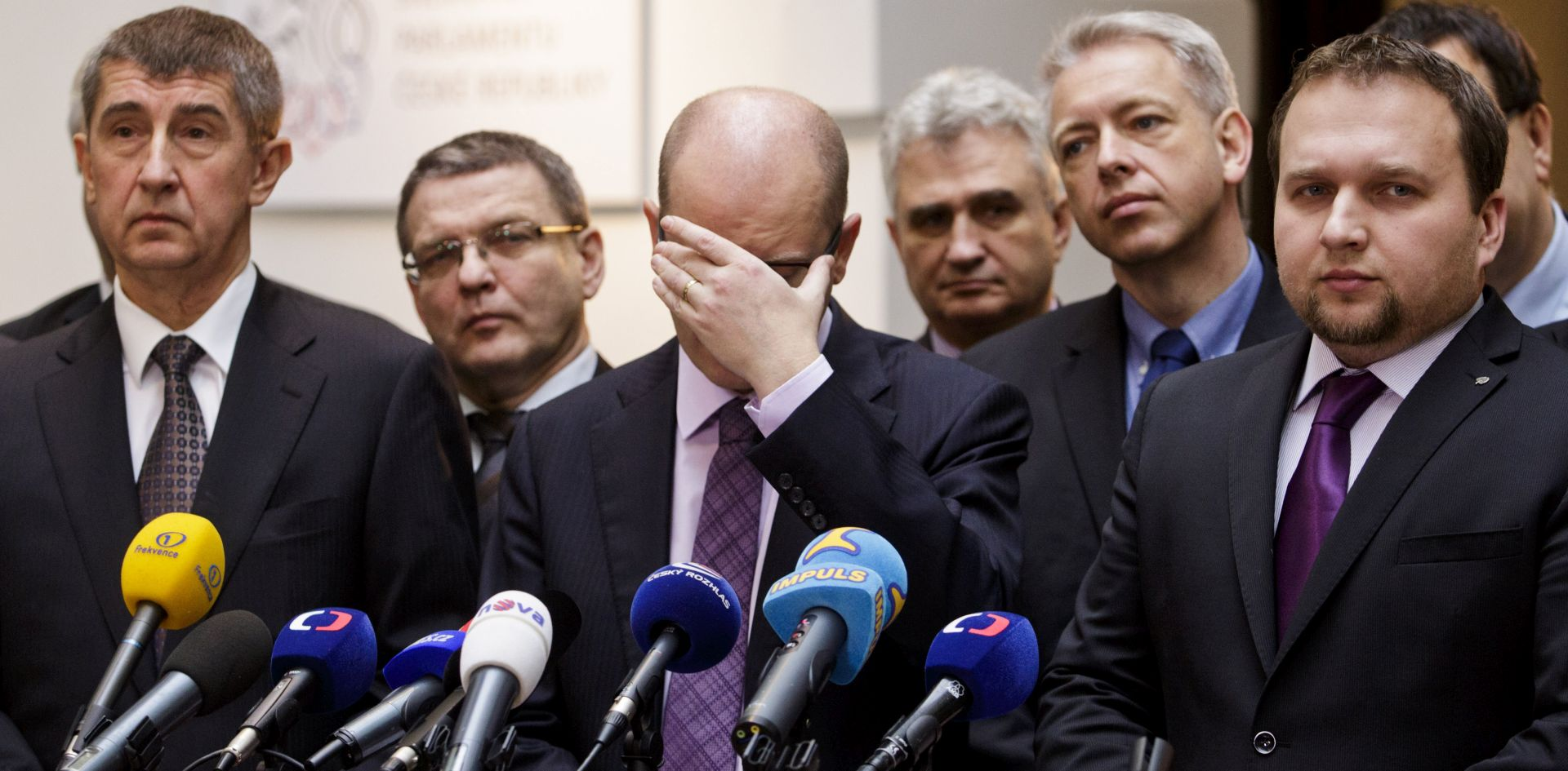 Češki premijer najavio ostavku nakon sukoba s ministrom financija