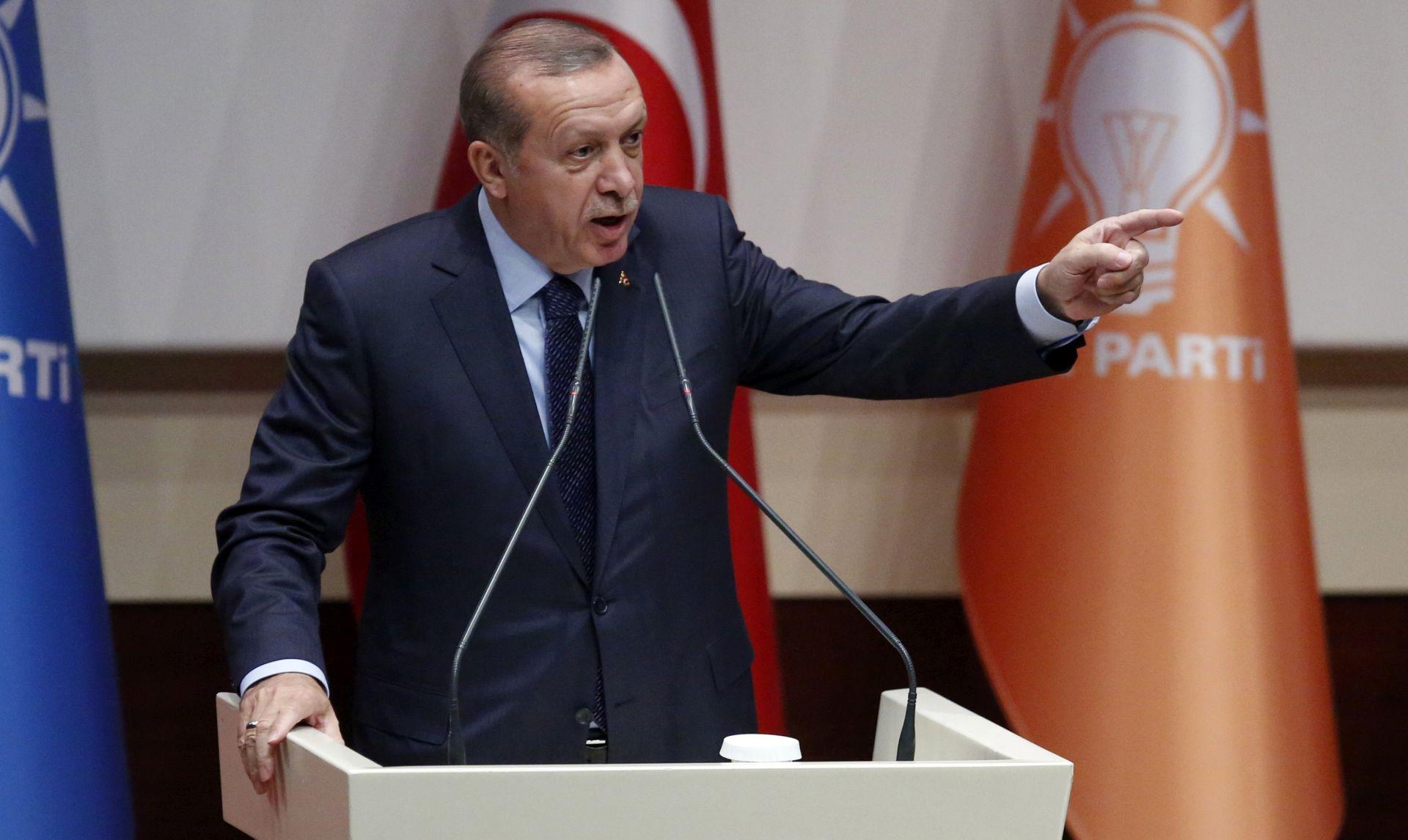 Erdogan traži zamrzavanje imovine američkih ministara u Turskoj