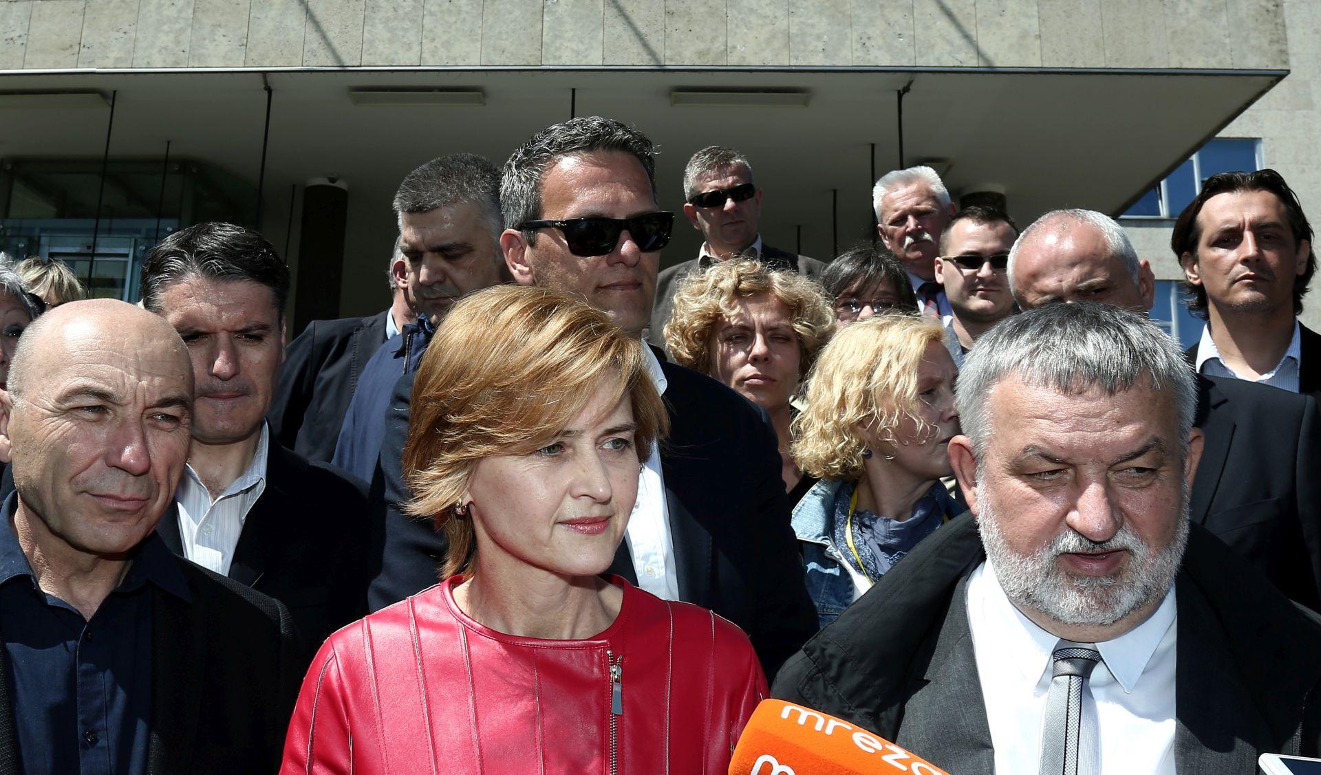 ŠVALJEK PREDALA KANDIDATURU ZA ZAGREBAČKU GRADONAČELNICU 'Pobjeđujem u drugom krugu'