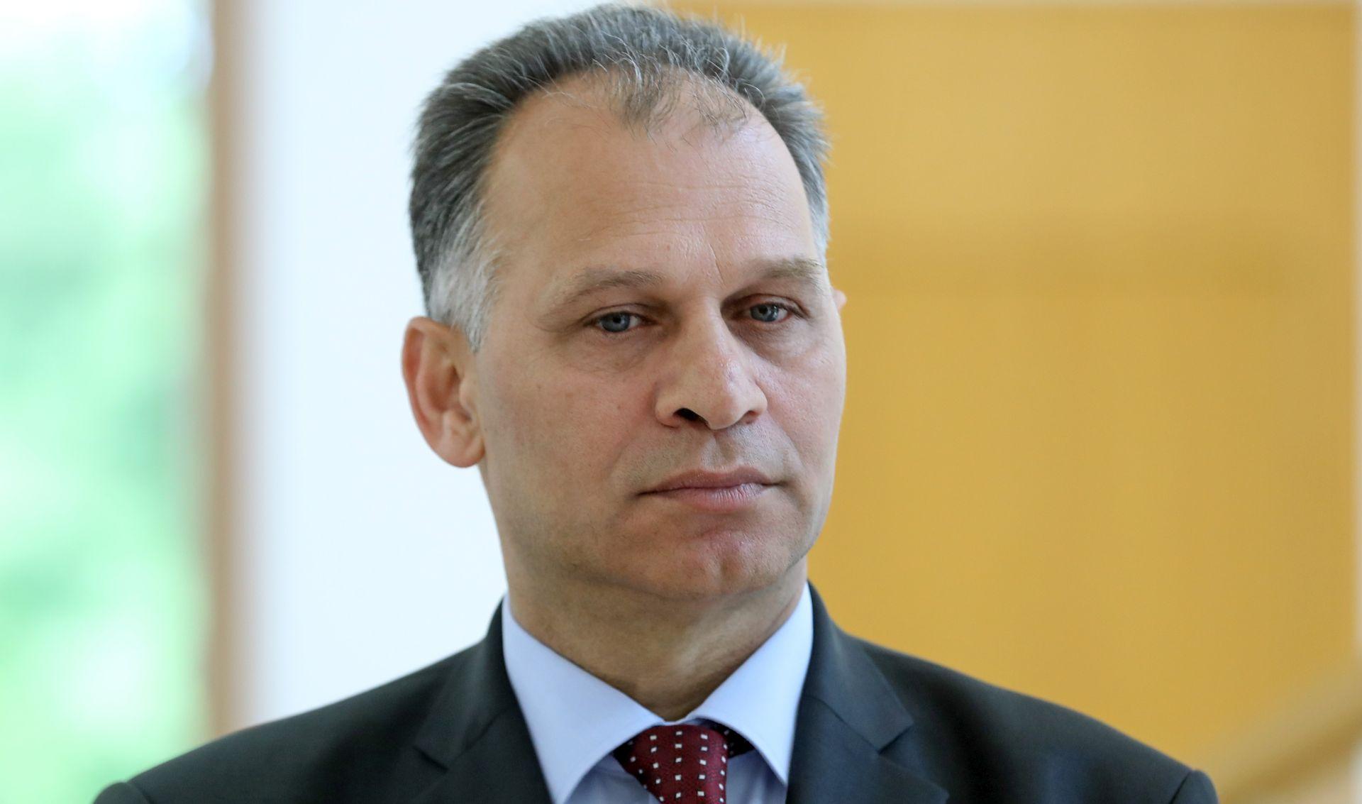 KAJTAZI Vlada i premijer trebaju se distancirati od izjava poput Brkićevih