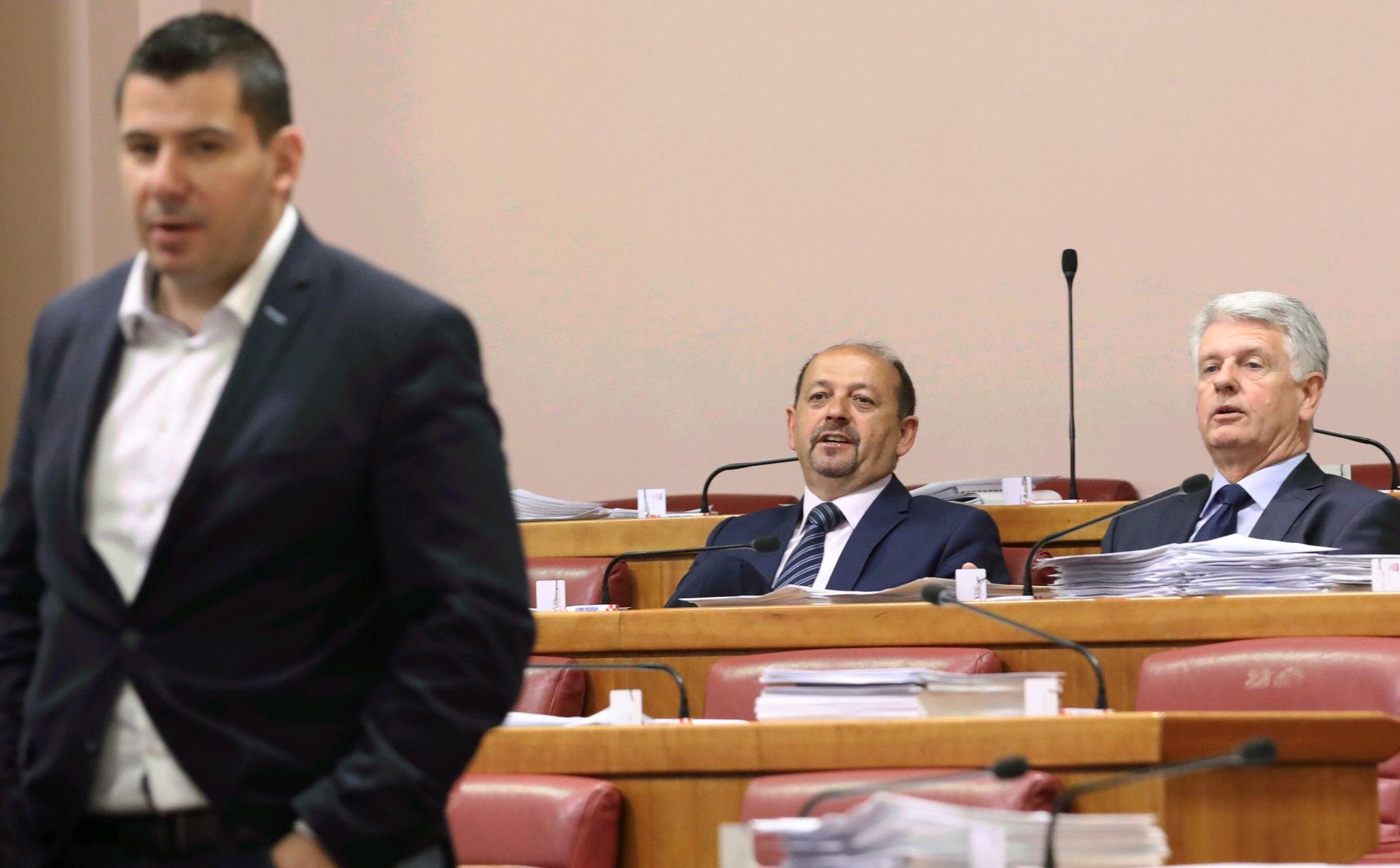 GRMOJA 'HDZ-ovih 76 potpisa za Jandrokovića nisu dokaz većine, neka predlože ministre'