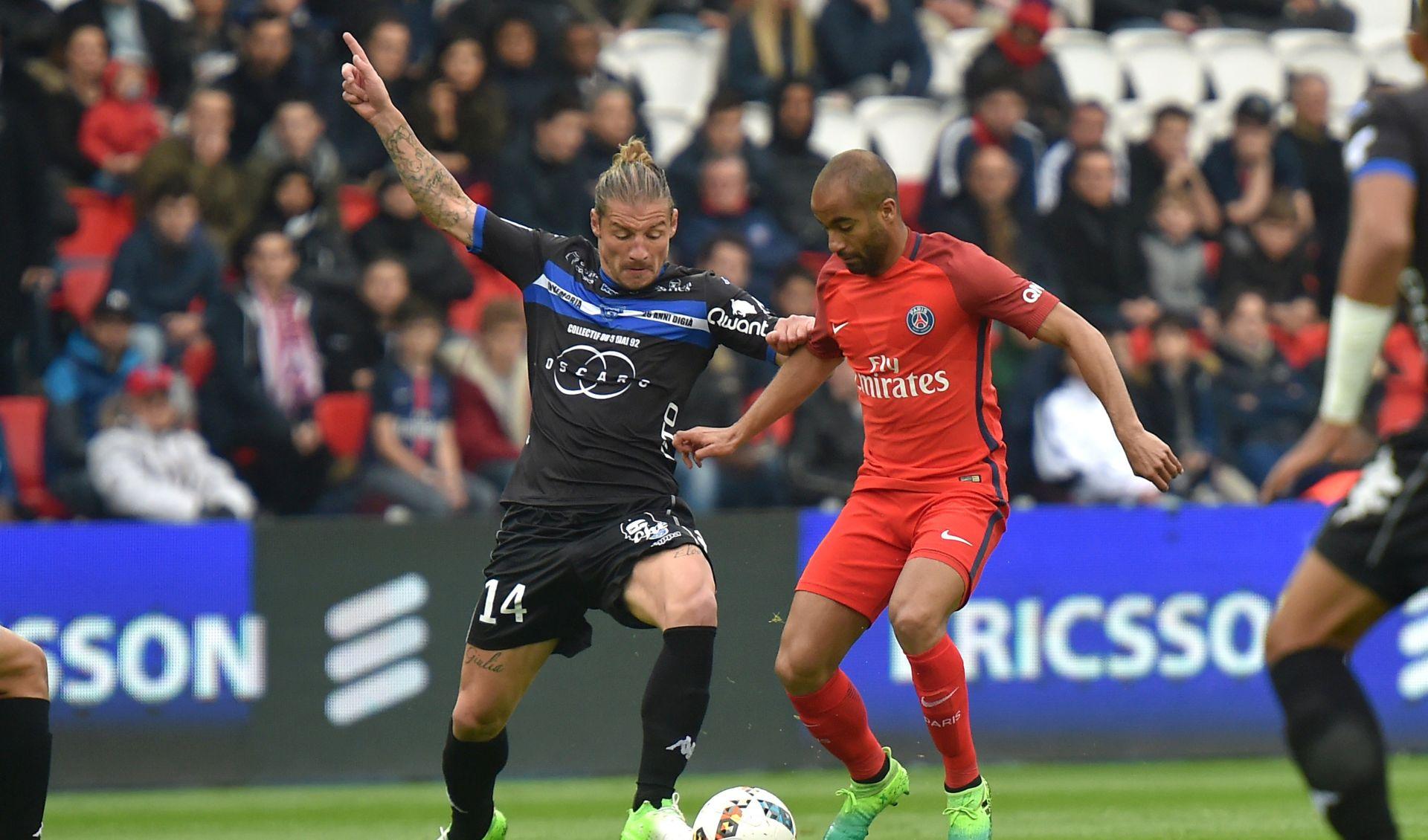FRANCUSKA Monaco tri boda od naslova, Santini spašava Caen