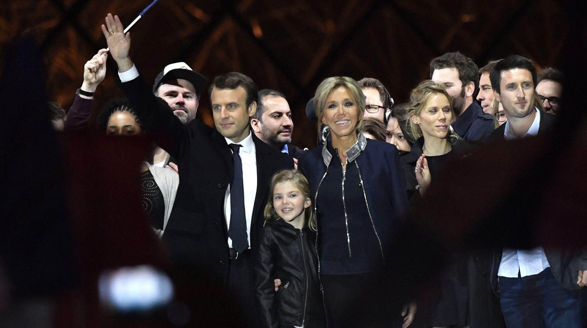 Peticija protiv statusa prve dame za Brigitte Macron