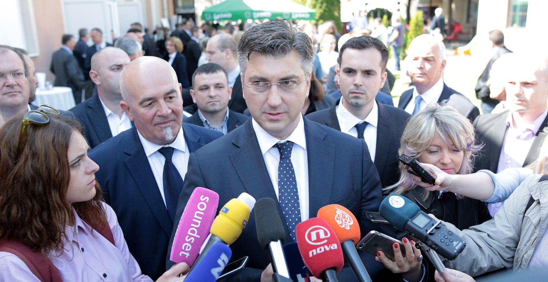 Plenković osudio napad na požeškog novinara, gradonačelnika isključio iz kampanje