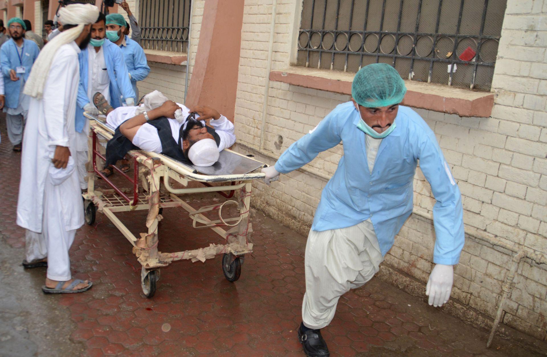 U eksploziji u Pakistanu najmanje 25 mrtvih, među ranjenima i senator