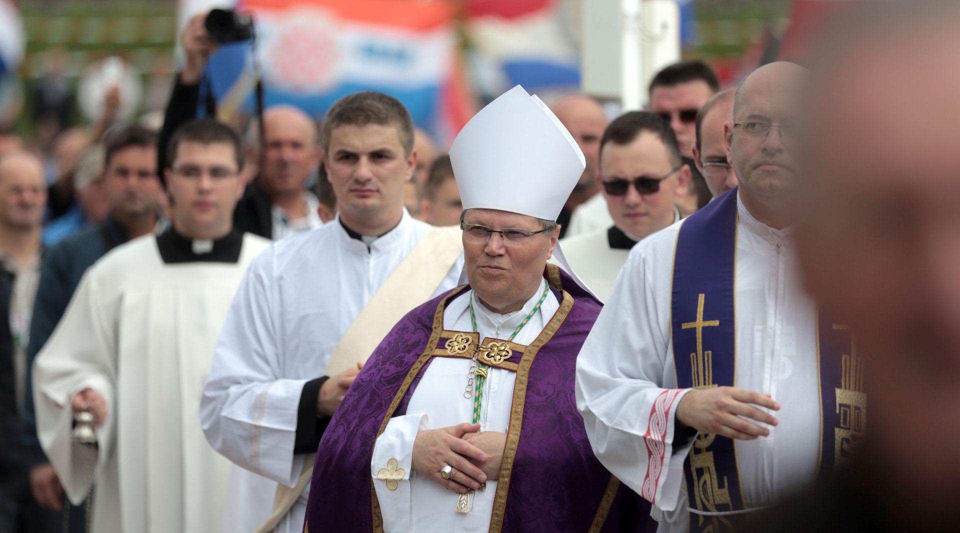 Nadbiskup Hranić s Bleiburškog polja pozvao na istraživanje cjelovite istine o žrtvama i počiniteljima zločina