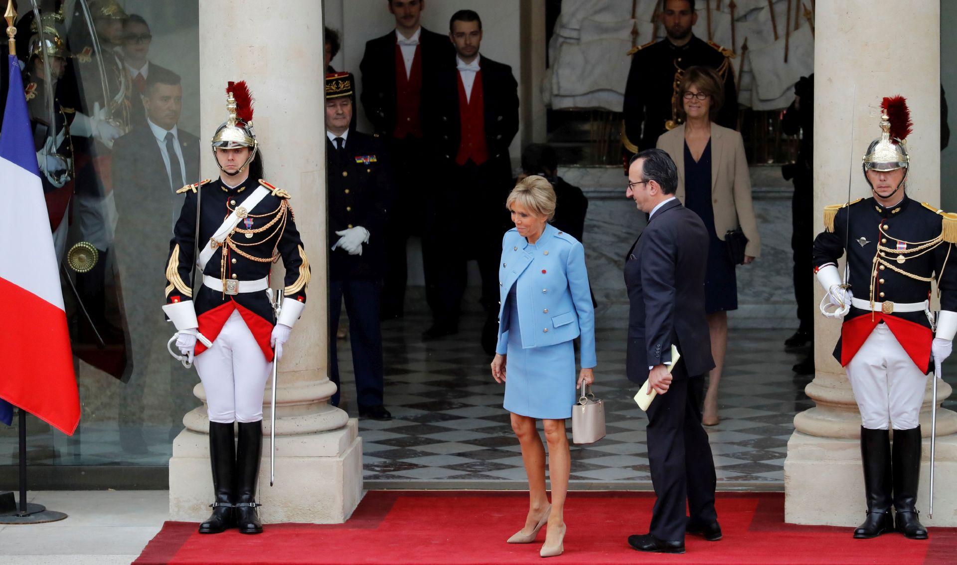 Macron stigao u Elizejsku palaču