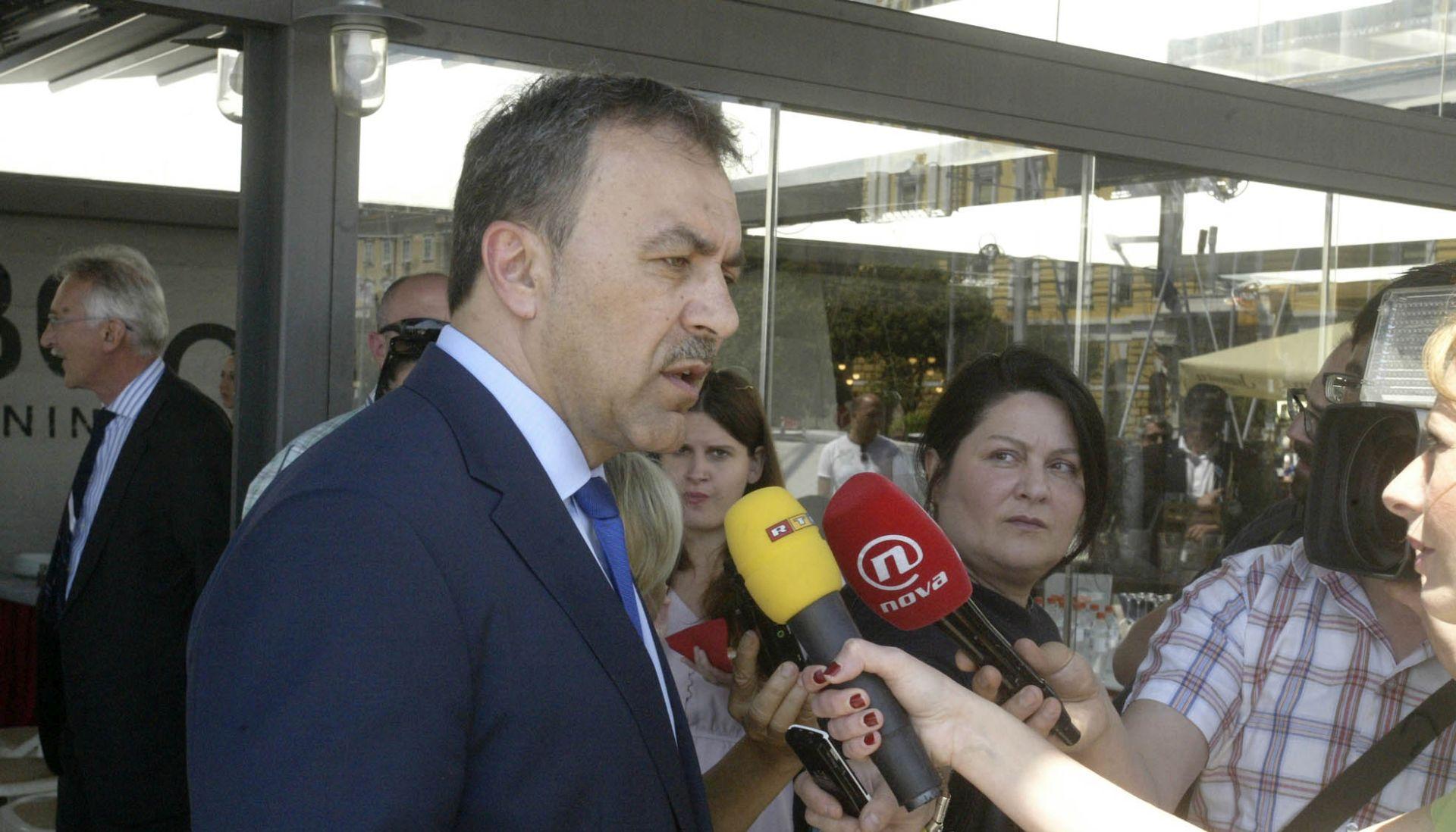 """OREPIĆ U RIJECI """"Premijer je uzurpirao vlast, ova Vlada je nelegalna"""""""