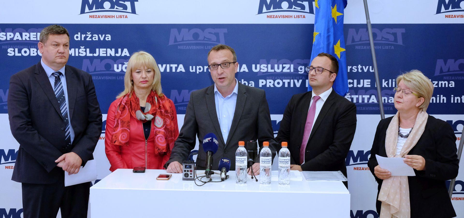 SLADOLJEV 'Pokrenut ću projekt besplatnih instrukcija za zagrebačku školsku djecu'