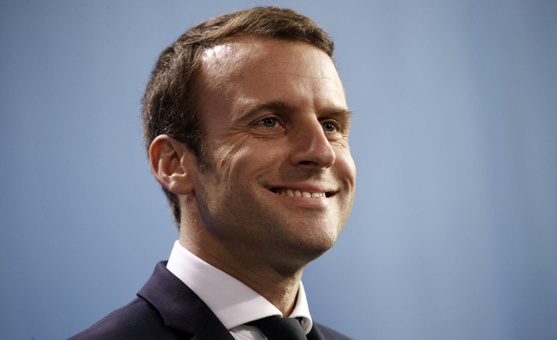 Macron će Putina primiti sljedećeg ponedjeljka u Versaillesu