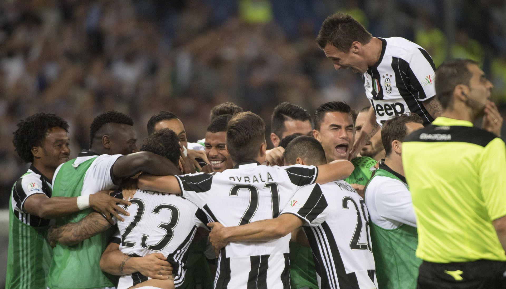VIDEO: MANDŽUKIĆ SI ZA ROĐENDAN POKLONIO POGODAK Juventus šesti puta zaredom prvak Italije!