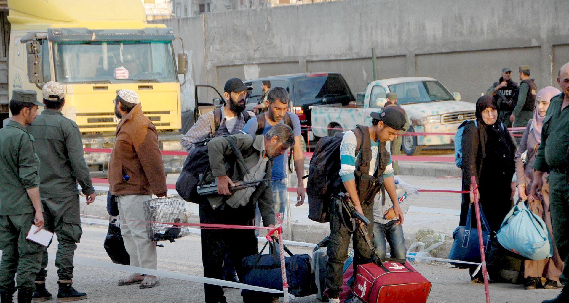 Novi neuspjeh sirijskih pobunjenika, IS pogubio 19 civila