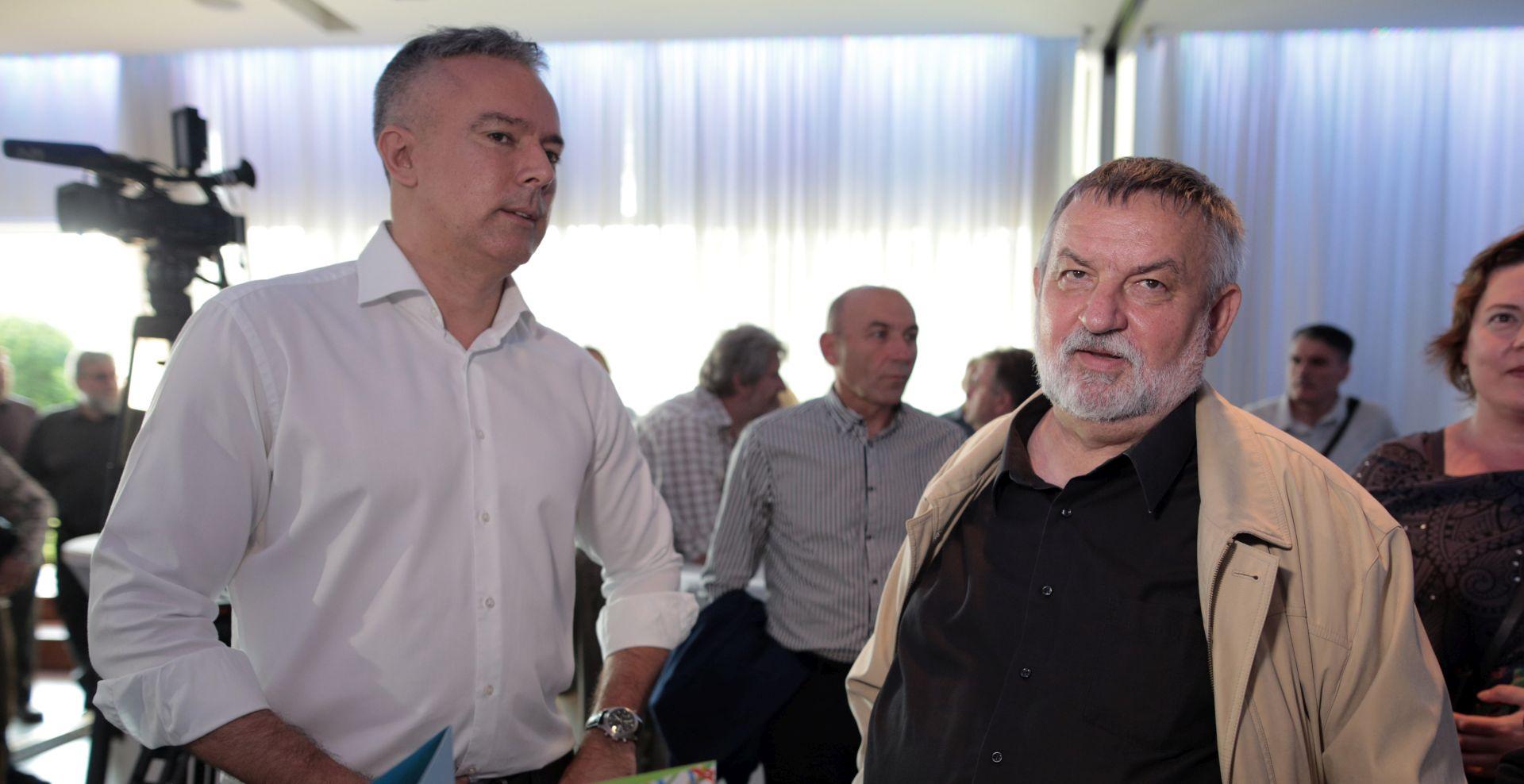 """DARINKO KOSOR """"Žao mi je jer je jedino Švaljek mogla pobijediti Bandića"""""""