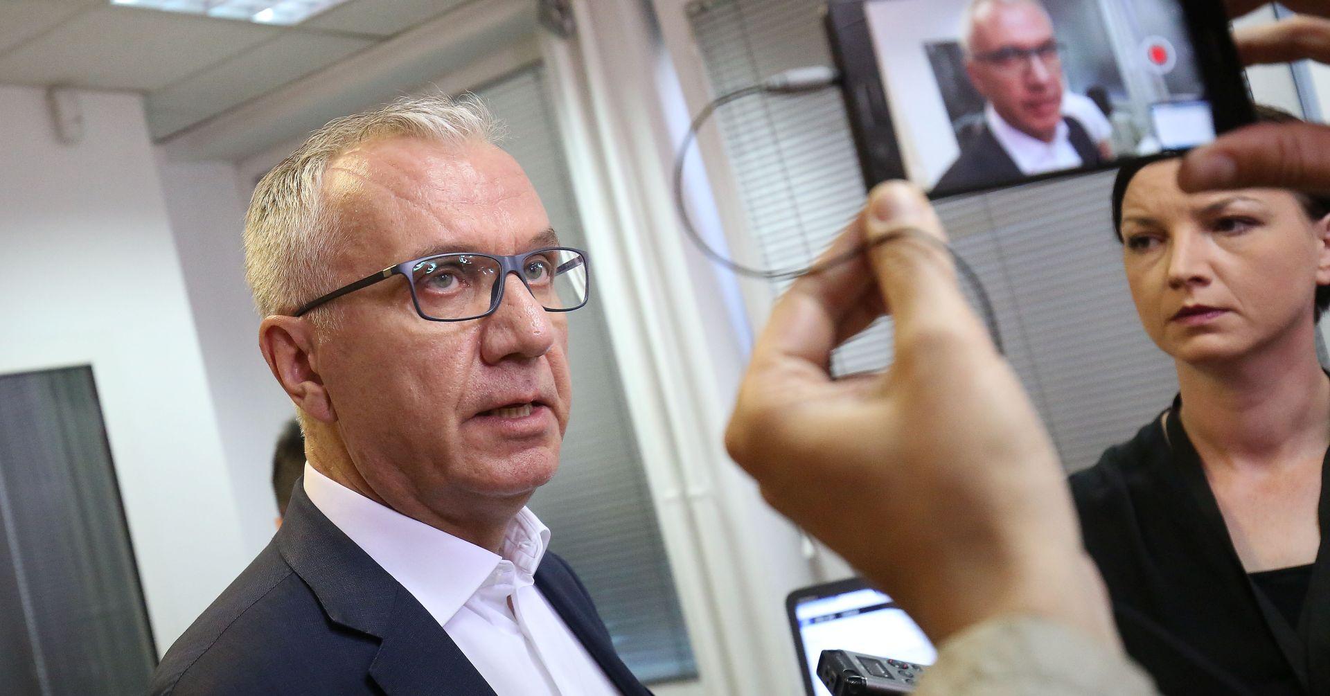RAJKO OSTOJIĆ '70 posto građanaželiZagreb koji će biti lokomotiva cijeloj Hrvatskoj'
