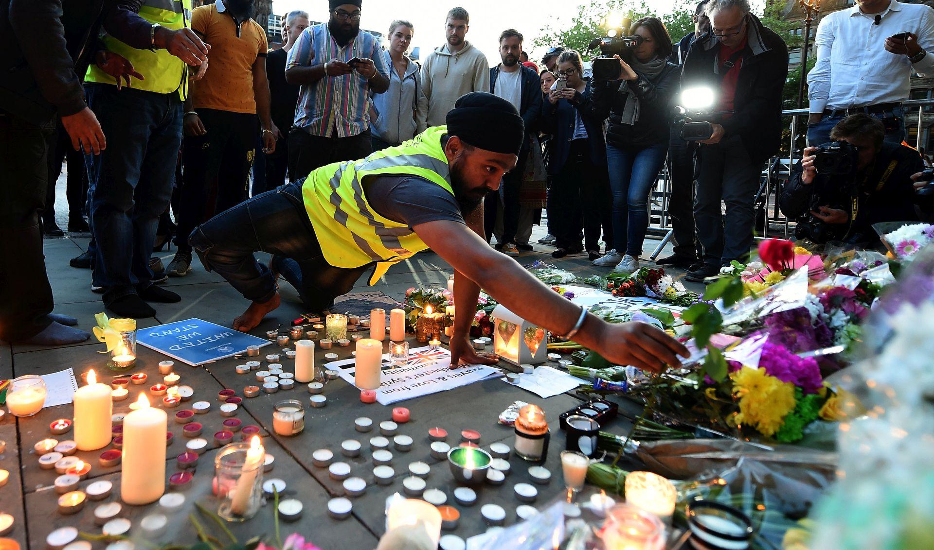 U Francuskoj produljene izvanredne mjere nakon napada u Manchesteru
