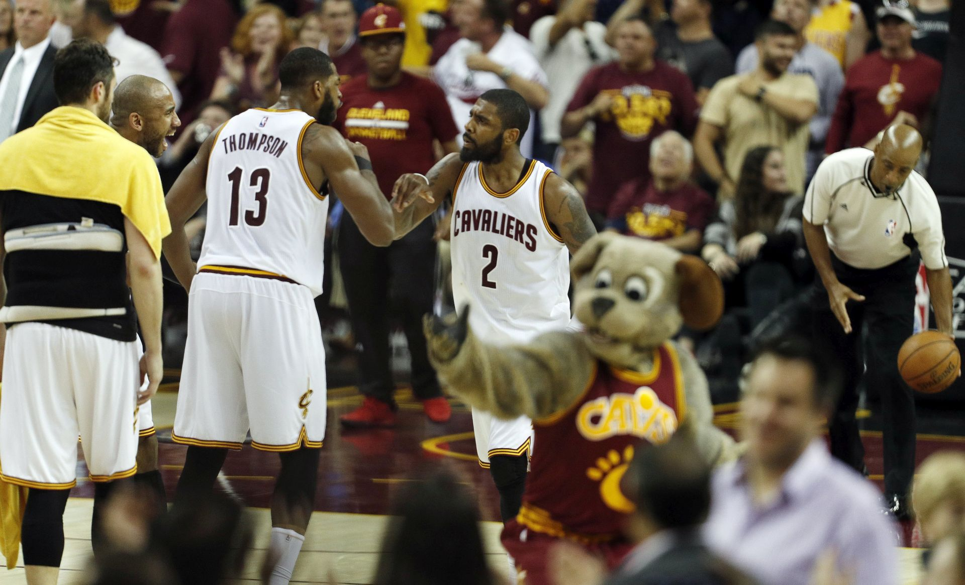 NBA Irving i James odveli Cleveland do pobjede