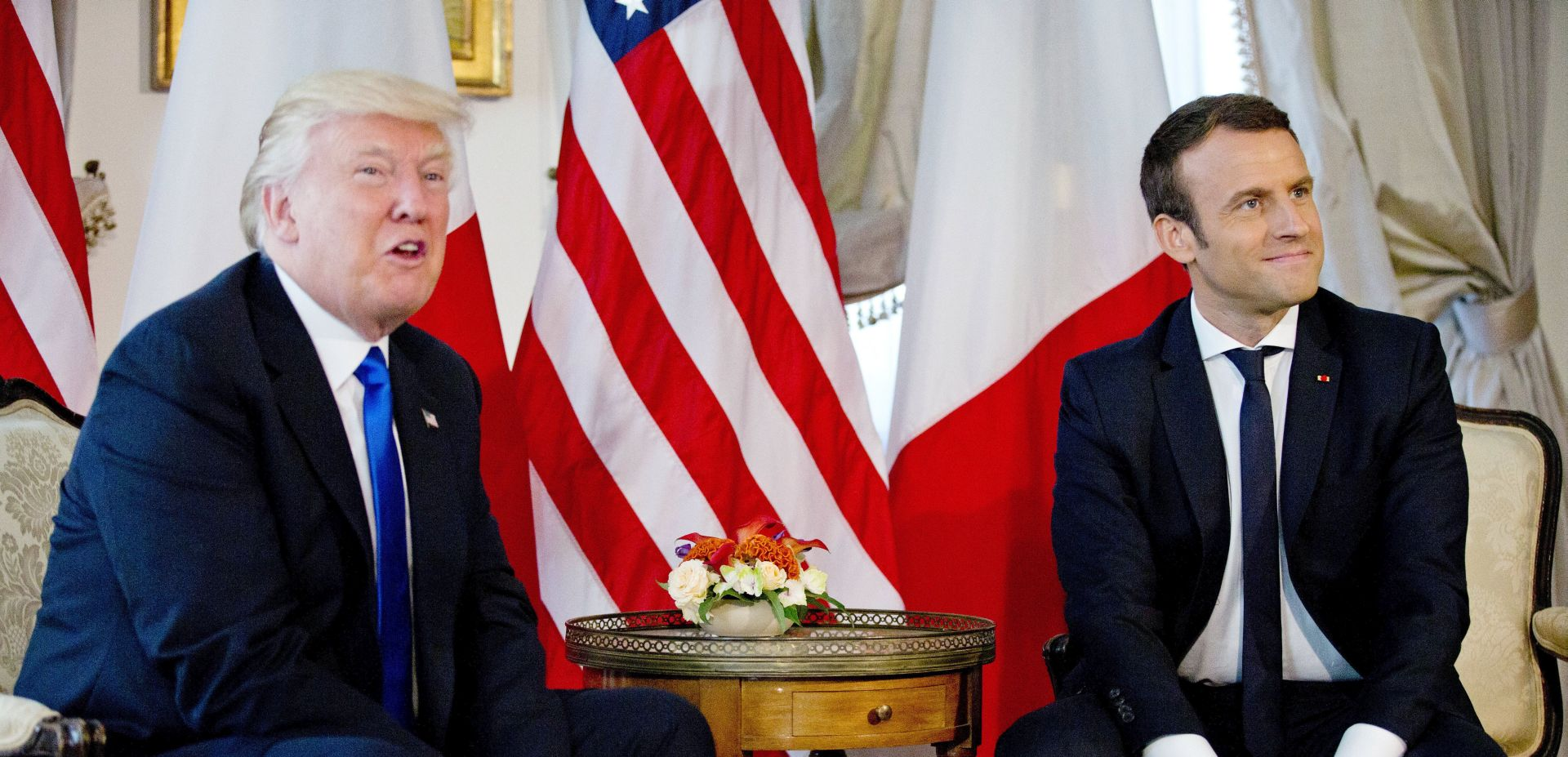 """VIDEO: Macron objasnio stisak ruke s Trumpom – """"To je bio """"trenutak istine"""""""""""
