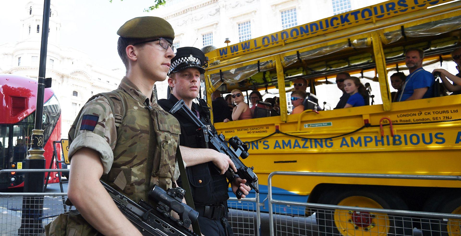 U PRITVORU DEVET OSOBA Britanska policija napreduje u istrazi napada u Manchesteru