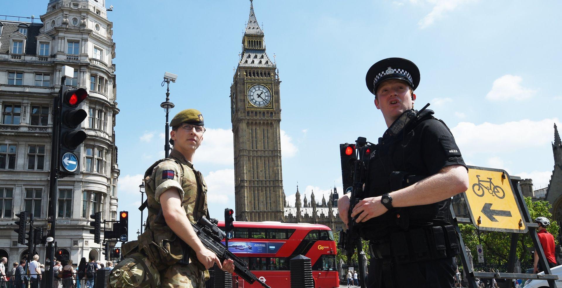 """Razina sigurnosti u Velikoj Britaniji smanjena na """"ozbiljnu"""""""
