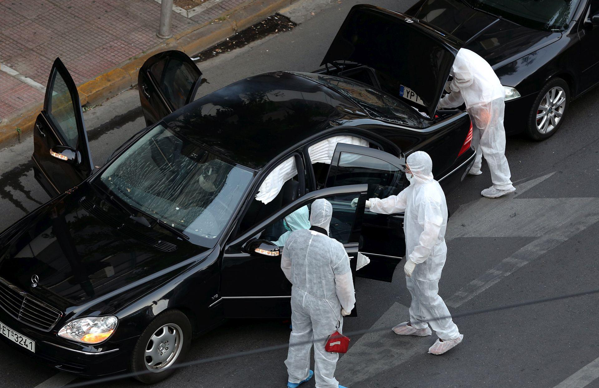 Bivši grčki premijer oporavlja se od napada pismom bombom
