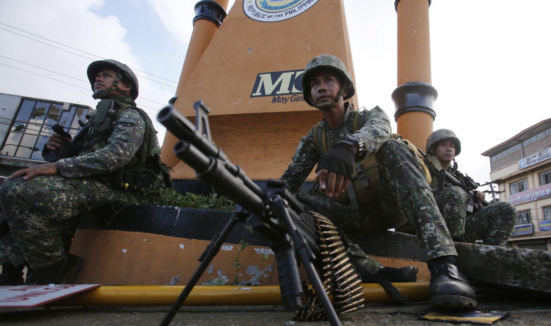 U filipinskom gradu opkoljeno 2000 civila, gotovo 100 žrtava u šest dana