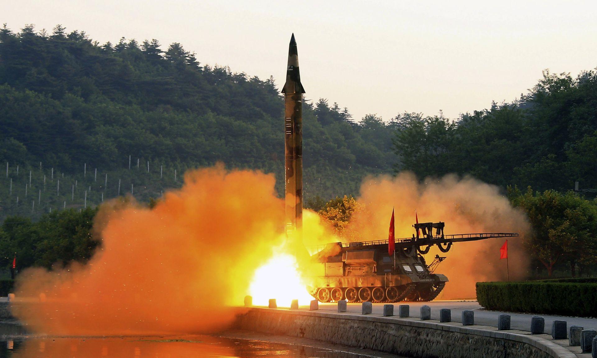 Sjeverna Koreja objavila da je spremna lansirati interkontinentalne rakete