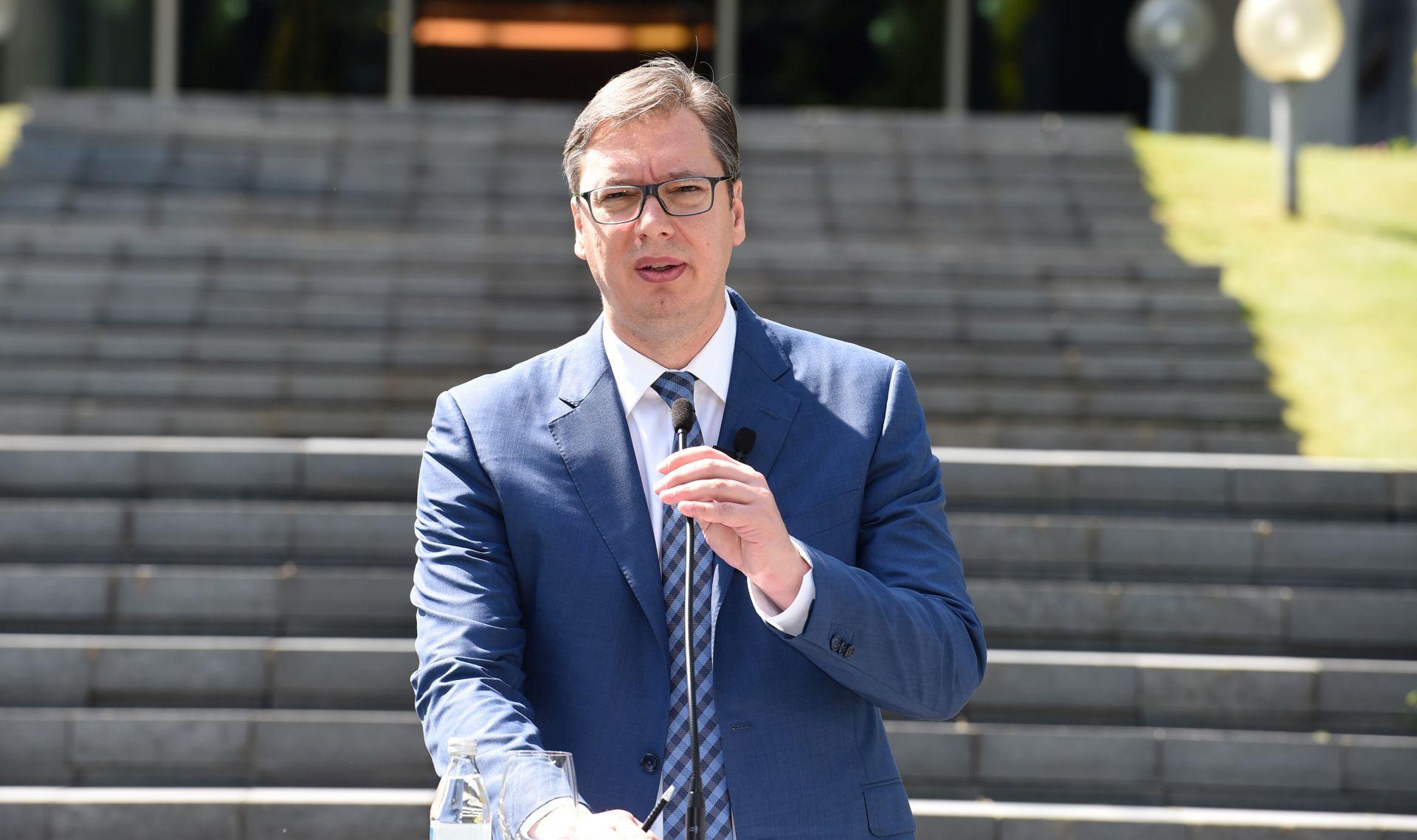 Vučić prisegnuo, Srbija dobila novog predsjednika