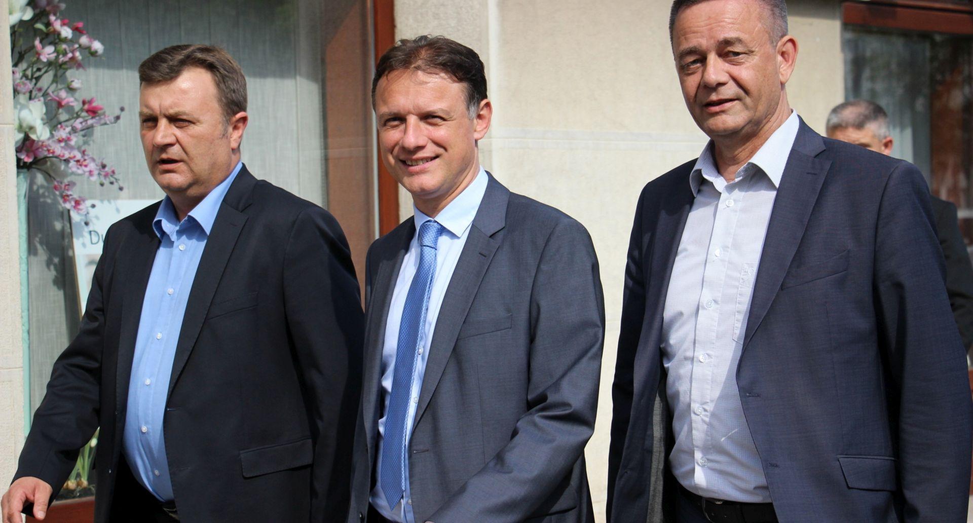 JANDROKOVIĆ 'Velika koalicija zasad nije opcija'