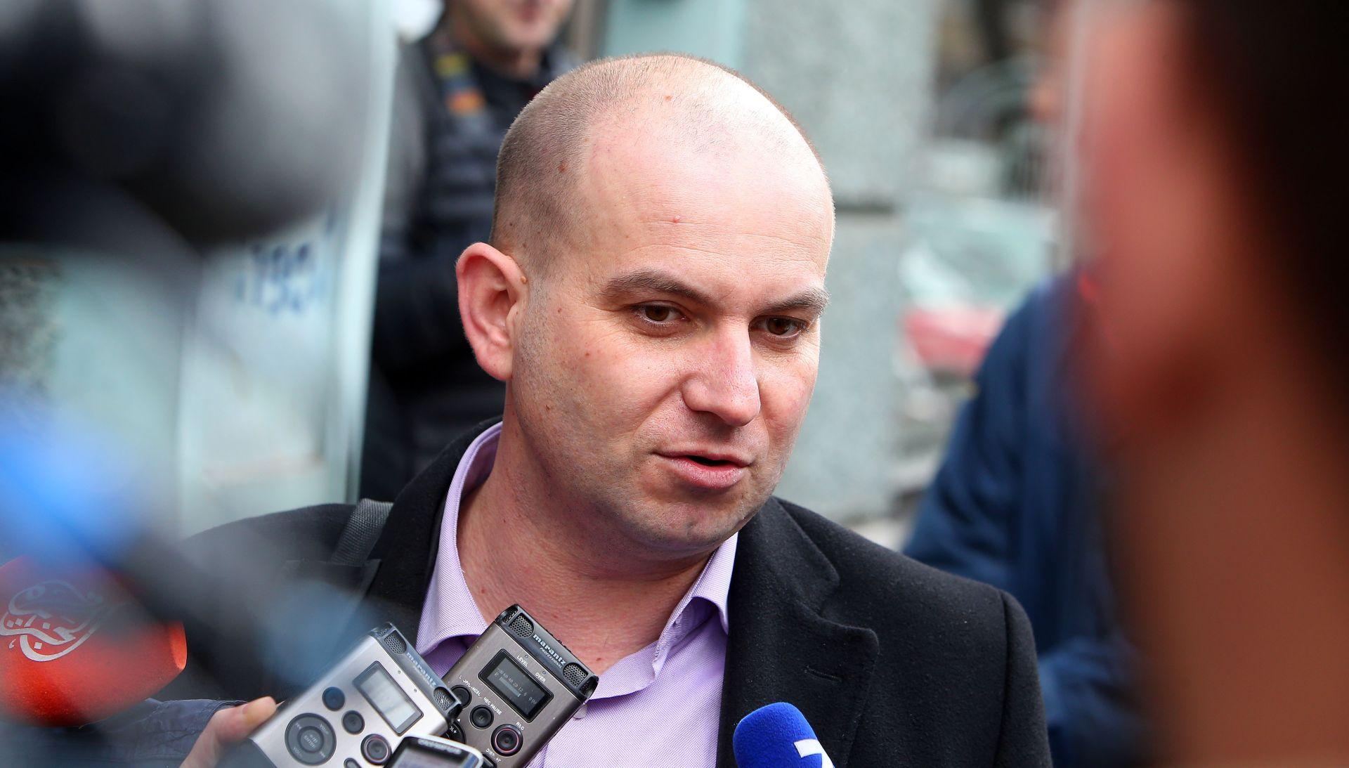 MIROSLAV ŠIMIĆ 'HDZ je stao u obranu kriminala u Agrokoru'