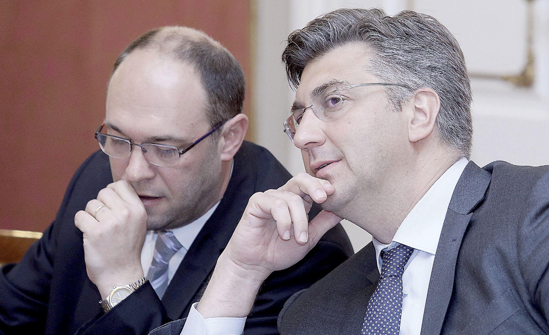 Stier je bio spreman podnijeti ostavku, a konačnu odluku donijet će nakon 4. lipnja