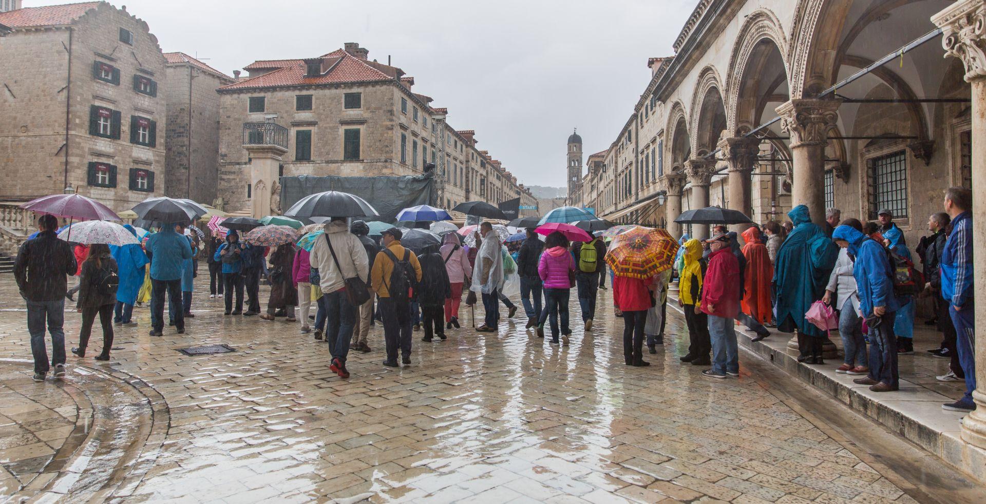 U Hrvatskoj u četiri mjeseca broj turističkih noćenja skočio za 26 posto