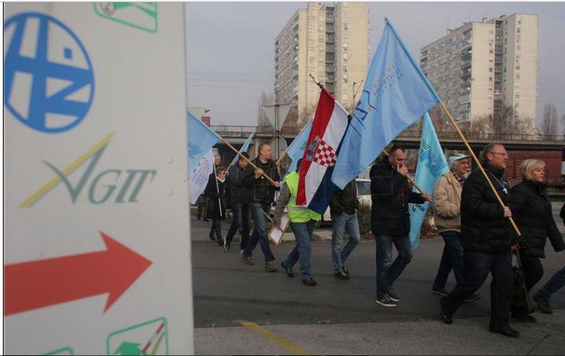 Sindikat željezničara najavljuje prosvjed i štrajk