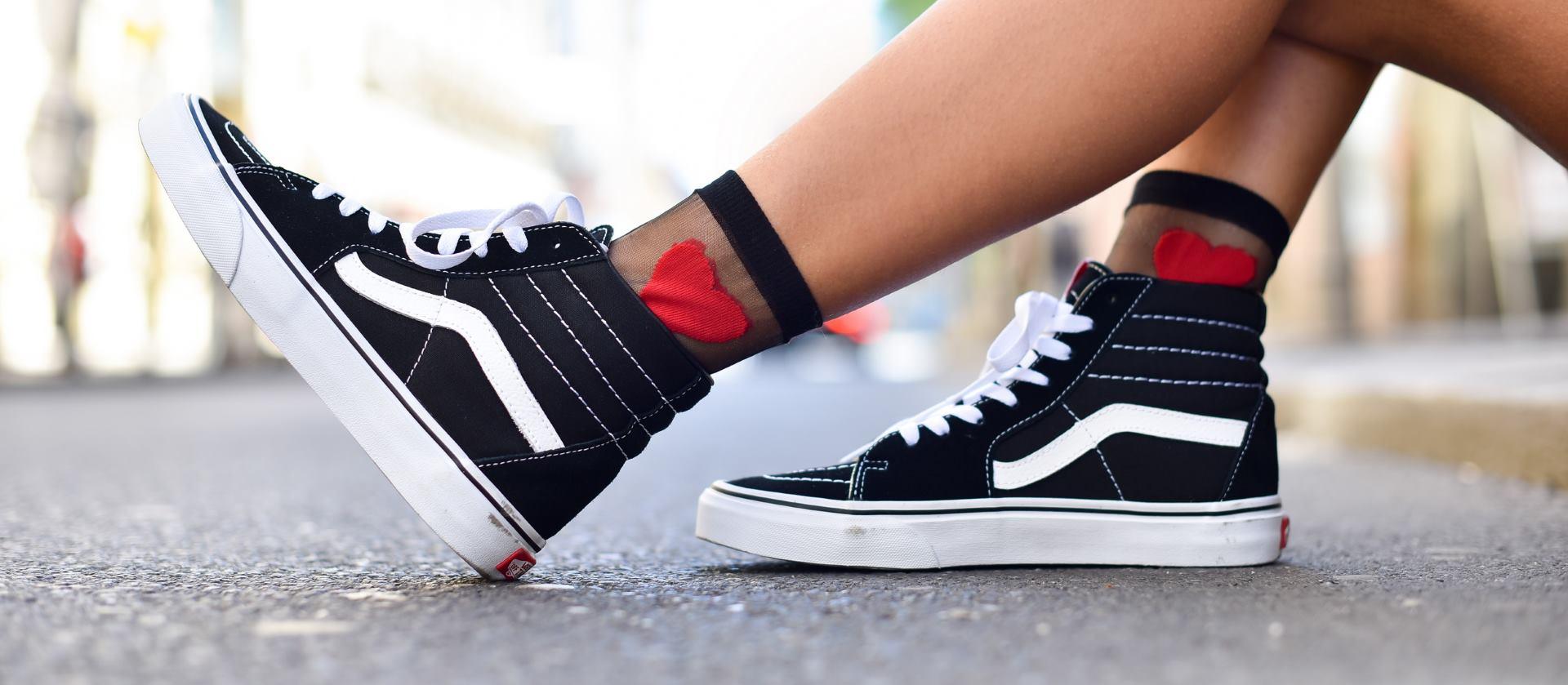 SHOEBEDO Blogerica Isabella Rakonić u razigranoj street style kampanji