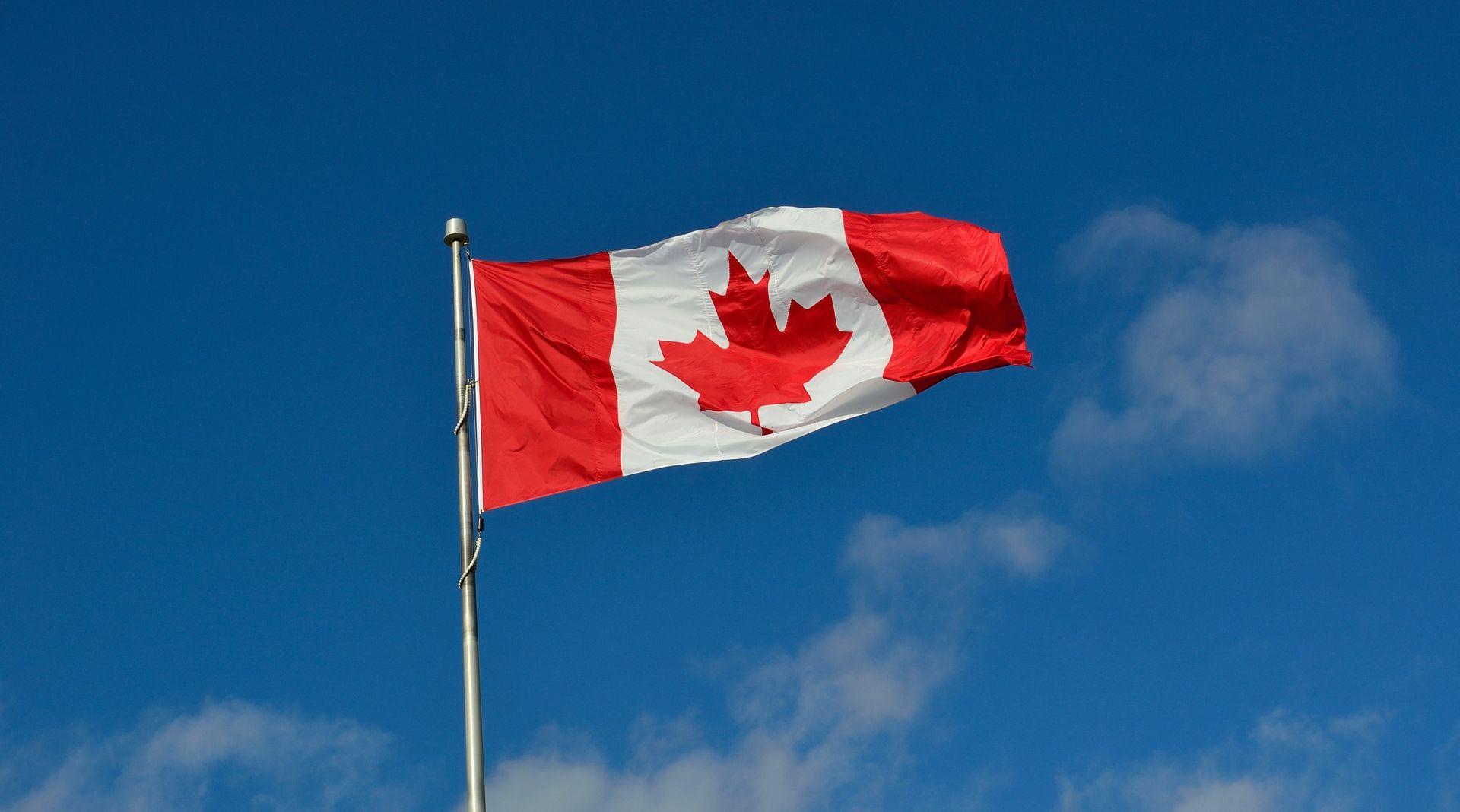 Zbog poplava u Kanadi evakuirane tisuće ljudi