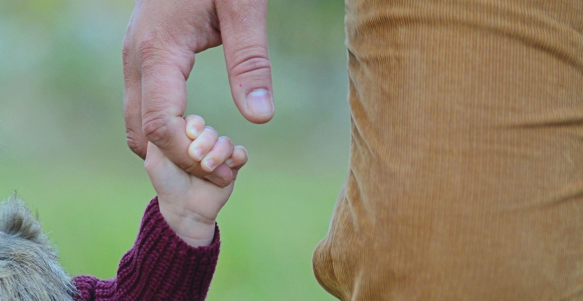 MARKOV TRG Na Međunarodni dan obitelji prosvjed očeva kojima su uskraćena roditeljska prava