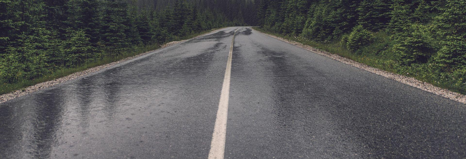 Kolnici mokri i skliski na većini cesta
