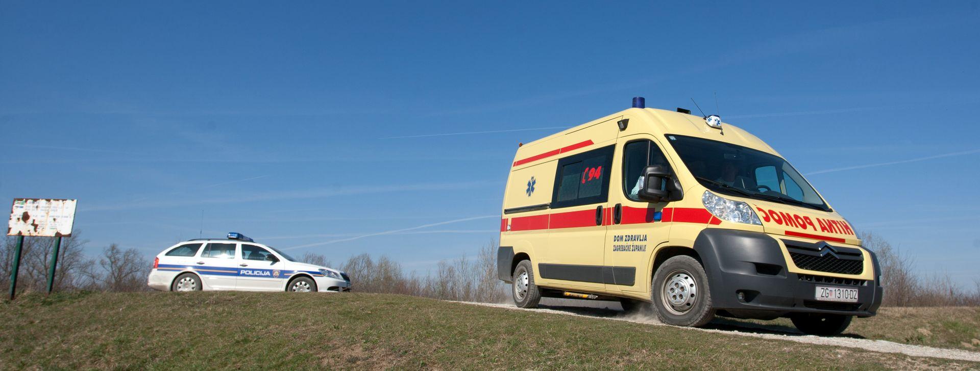 Petero ozlijeđenih u sudaru dva automobila u Gori kod Petrinje