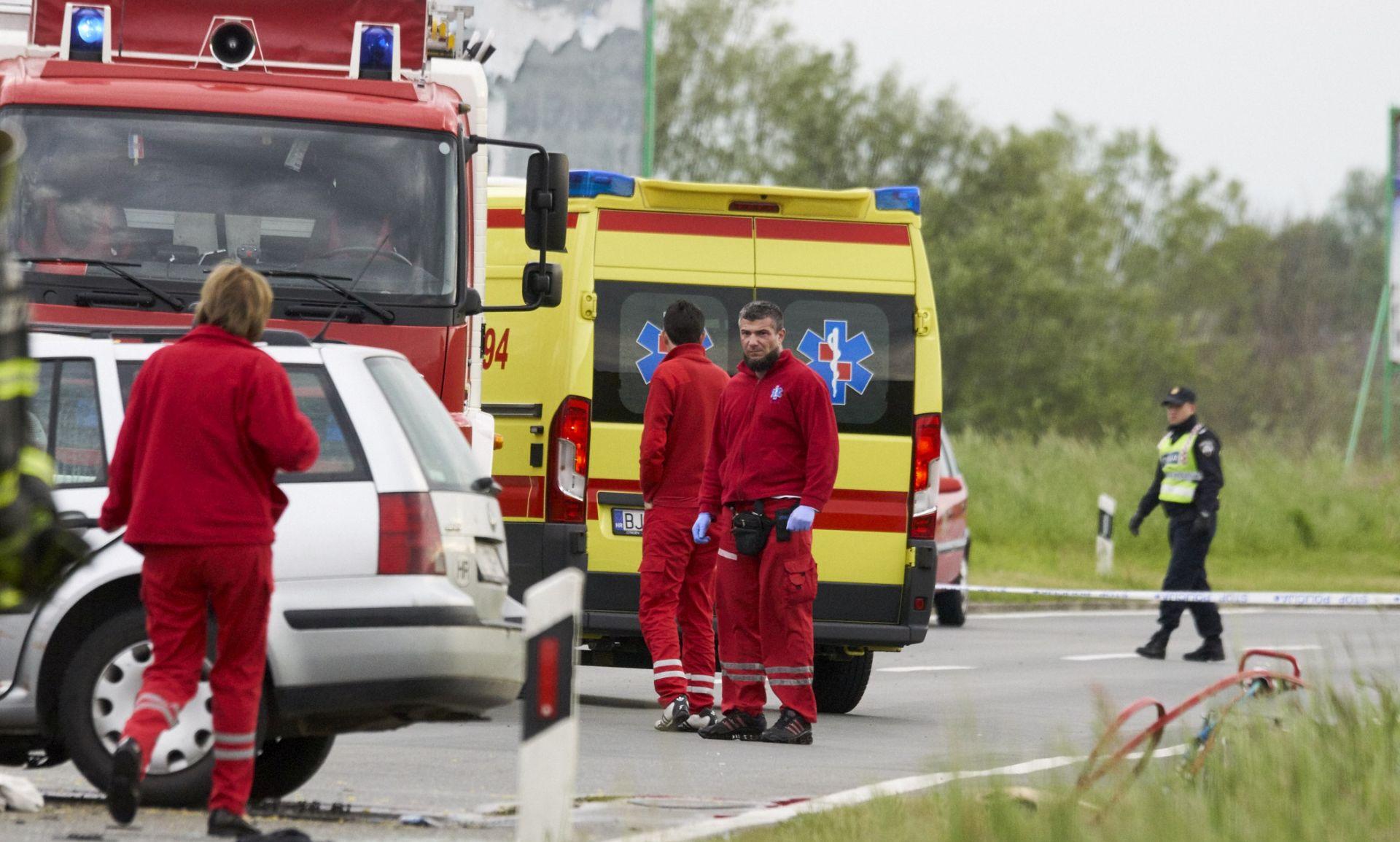 Automobil kod Trogira naletio na pješakinju i usmrtio je