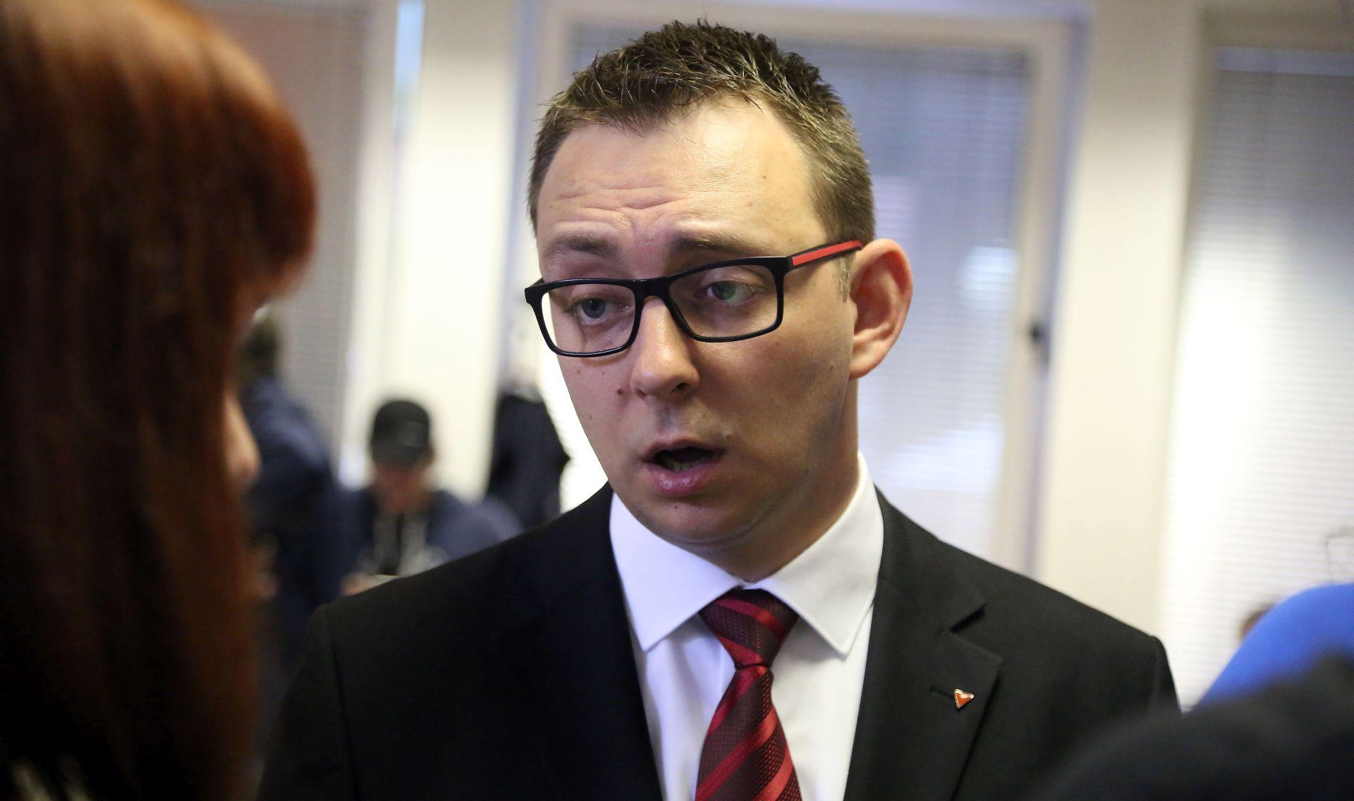 """GLAVAŠEVIĆEVA 'PALJBA' PO HNS-U """"Tik-tak, stranko bez predsjednika. Tik-tak"""""""