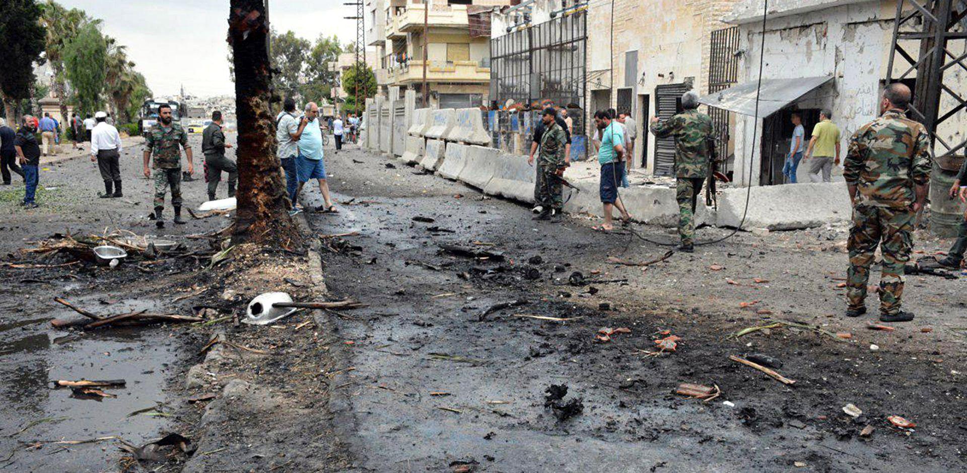 SIRIJA U zračnim napadima koalicije na IS najmanje 30 ubijenih civila